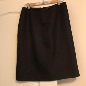Dana Buchman black skirt silk/wool
